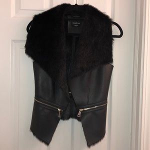 Faux leather and fur Bebe vest